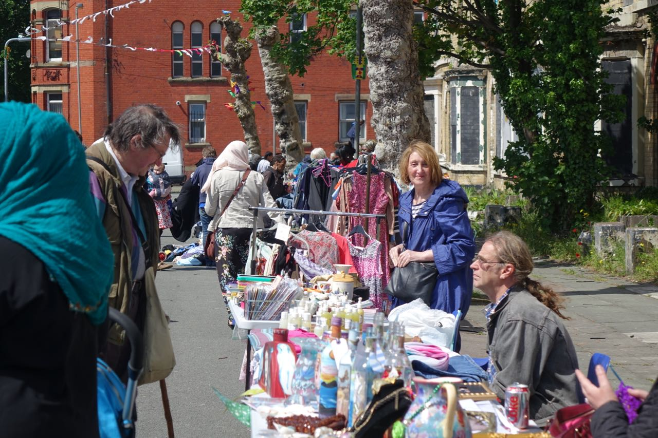 June-15-Street-Market-9_th.png